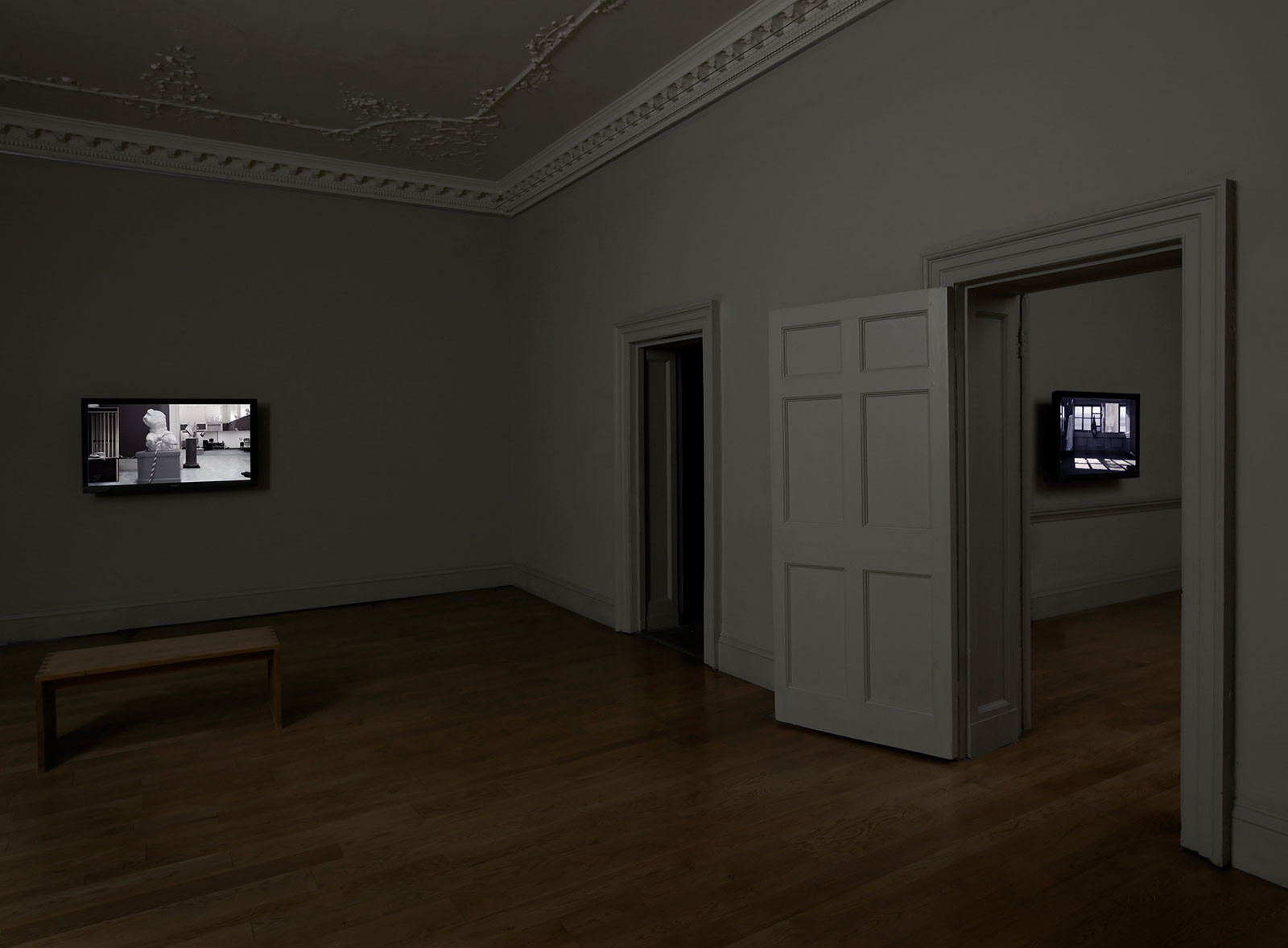 Exhibition view, Domobaal, London, 2011.